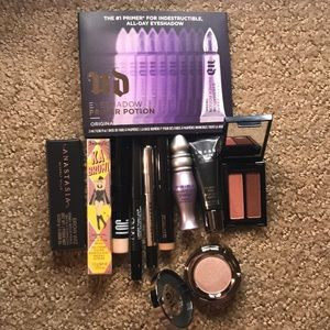 11 Piece Eye Sample Bundle with FS Urban Decay